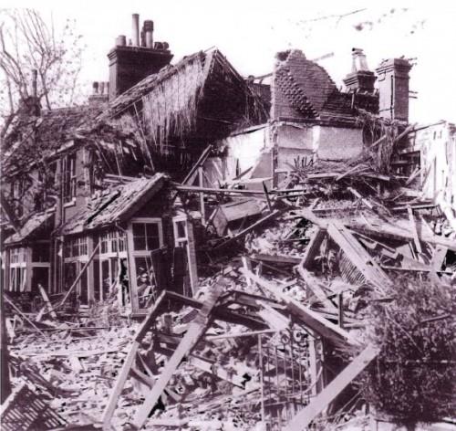 maison bombardée en ruine.jpg